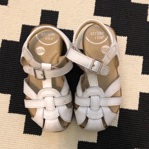 White stride rite summer time sandal. Size 8